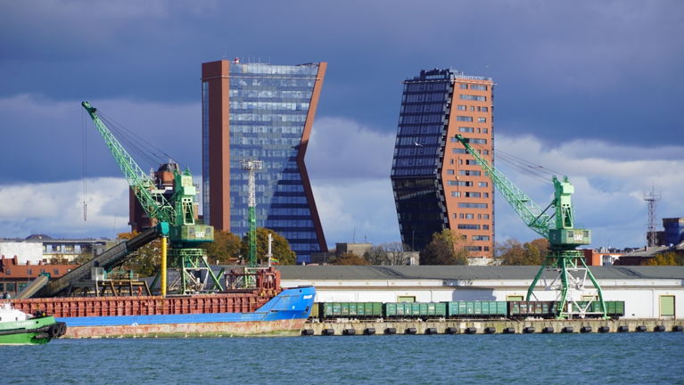 Showcase hotel and residential building in Klaipeda